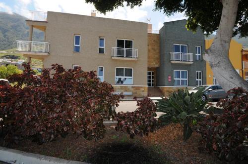 . Apartamentos Edalmar