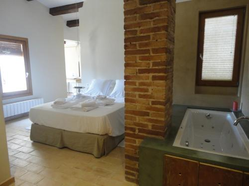 . Hotel Rural Cal Torner Adults Only
