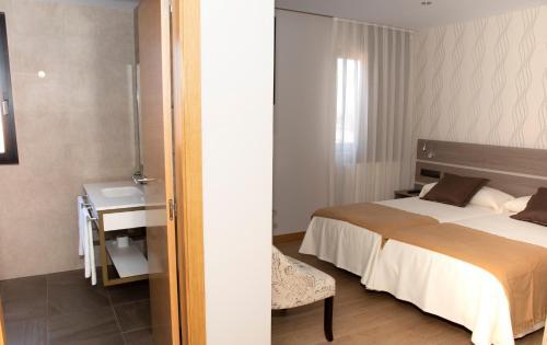 Hotel Mercedes salas fotos