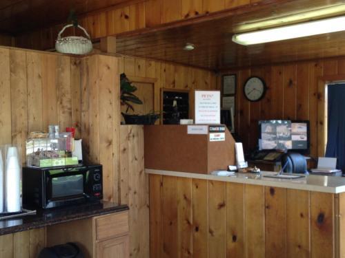 Travelers Inn - Missoula, MT 59808