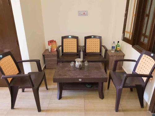 Bholenath Homestay Dalhousie In India Room Deals Photos Reviews