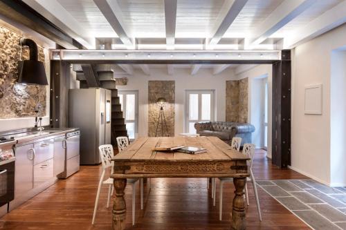 . Cagliari Marina Harbour Guest house & Lounge