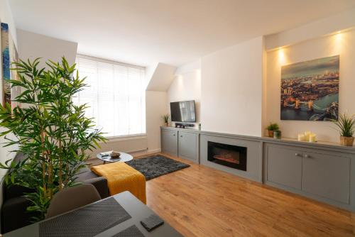 Town View - Executive 1 Bed Apartment