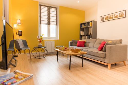 . Appartement Élégant & Ensoleillé - Centre-ville