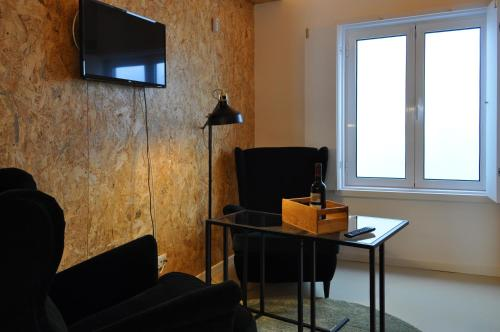 Plywood one-bedroom in Lapa!, Lisboa