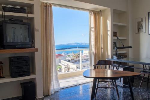 Seafront Apartment in City Center in Iraklio