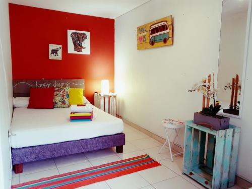 Hotel The Pelican Larry Hostel