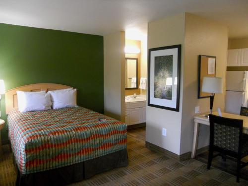 Extended Stay America - Orlando - Lake Buena Vista - Orlando, FL 32836
