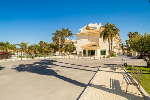 Hotel Mirachoro Praia - Photo 8 of 46