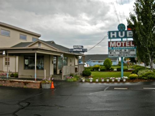 . Hub Motel