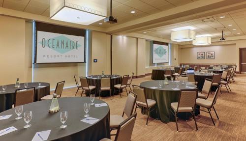 Oceanaire Resort Hotel in VA