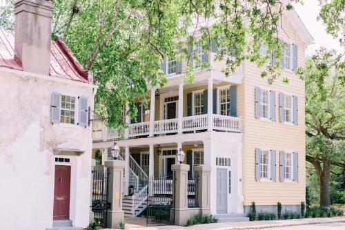 0 George Street, Charleston, South Carolina 29401, United States.