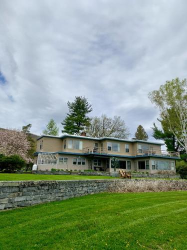 Guesthouse at Field Farm - Accommodation - Williamstown