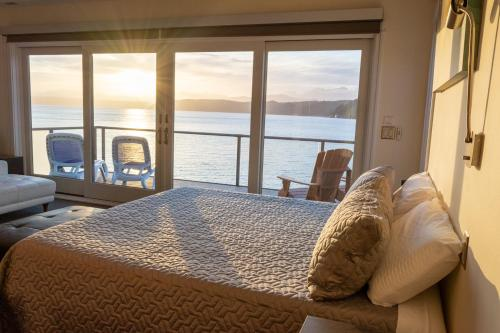 Luxury Lookout Hood Canal Vacation Rental - Union