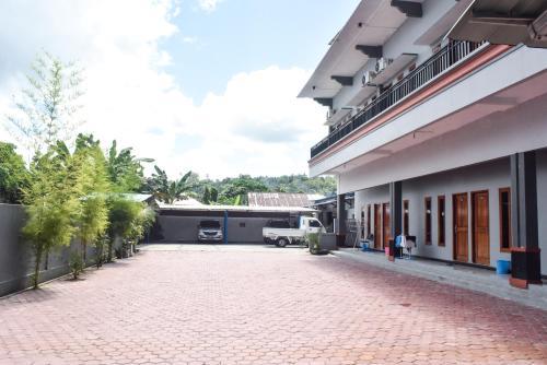 . RedDoorz near Universitas Pattimura Ambon