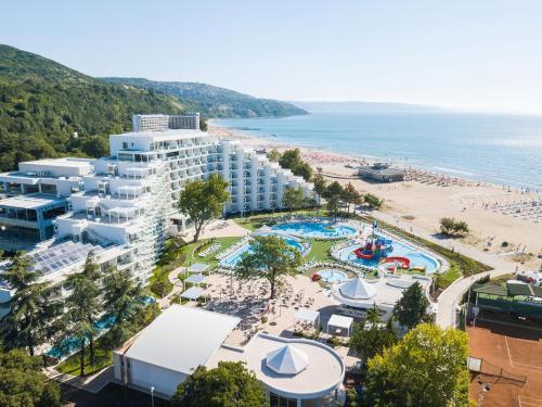 Maritim Paradise Blue Hotel And Spa