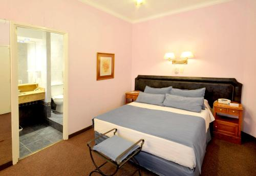 __{offers.Best_flights}__ Hotel Muñiz