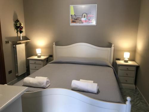 . Anfite Apartments Castelletto