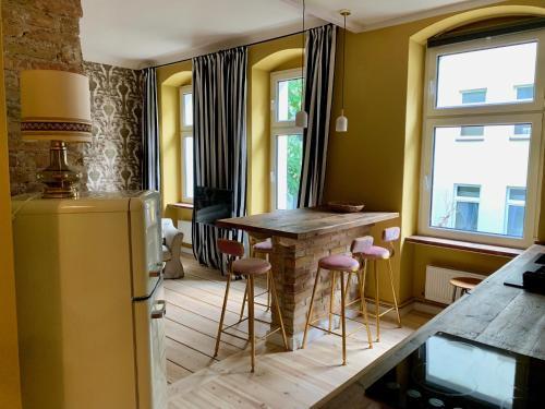 Brilliant Apartments - Photo 8 of 119