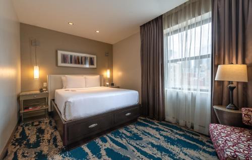 Hotel Felix - Chicago, IL IL 60654