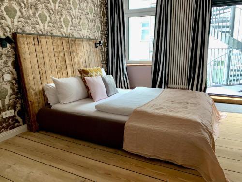 Brilliant Apartments - Photo 3 of 119