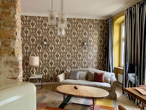 Brilliant Apartments - Photo 2 of 119