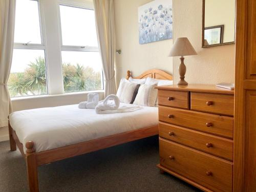 . Anchorage Apartment 6 - Gyllyngvase Beach, Falmouth
