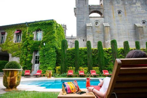 Hôtel de La Cité - Place Auguste-Pierre Pont, 11000 Carcassonne, France.