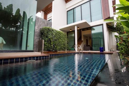 Phuket 2BR Pool Villa,Surin Beach Phuket 2BR Pool Villa,Surin Beach