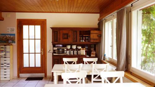 Adventure Guesthouse Interlaken - Accommodation