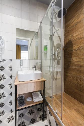 Отель Демут Одноместный номер с собственной ванной комнатой