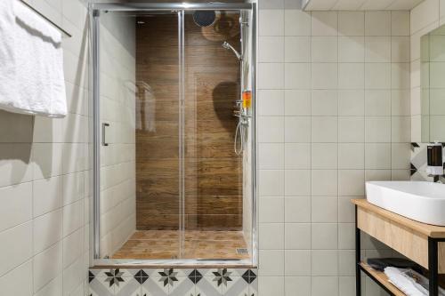 Отель Демут Двухместный номер с 1 кроватью и собственной ванной комнатой