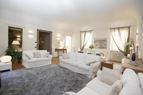 . Luxury and modern apartment - mq 270 - in the heart of Como