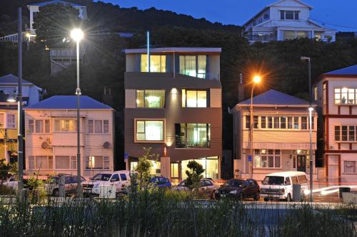 66 Oriental Parade, Wellington 6011, North Island, New Zealand.