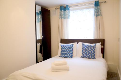 OYO Home Kings Cross-St Pancras Garden 4 Bedroom
