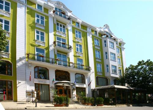 A Hotel Com Grand Hotel London Hotel Varna City Bulgaria Price Reviews Booking Contact