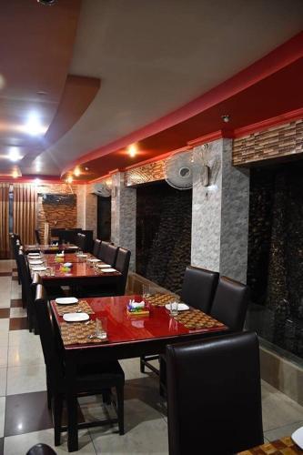 Mir Continental Hotel, Azad Kashmir