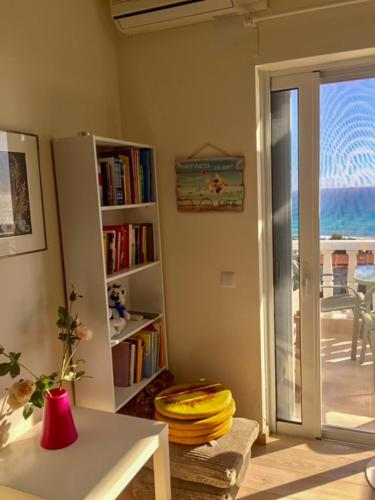 . Cozy sea view appartment by the Ionian sea