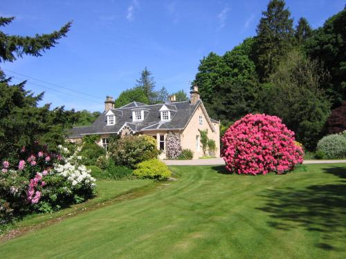 Finglen House - Clachan Of Campsie