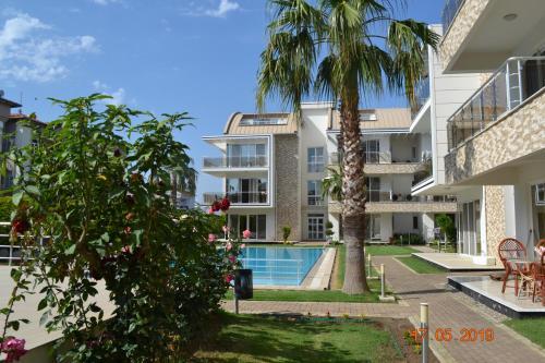 . Antalya belek elegant golf residence second floor 4 bedrooms pool view close to center