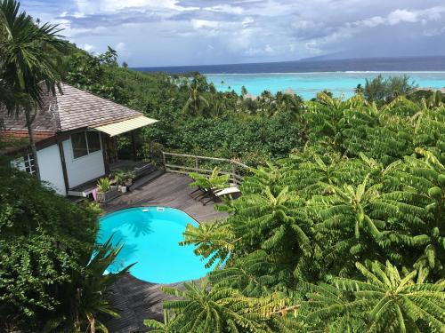 . Moorea Happy Bungalow