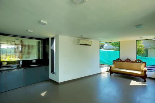 Shantivan Resorts, Valsad
