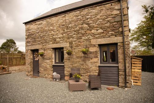 The Cottage - Stone Barn Conversion, Launceston, Cornwall