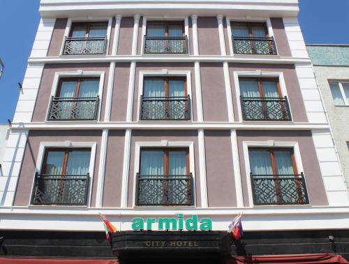 . Armida City Hotel