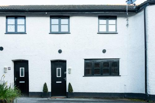 2 Bed Mews In Crediton