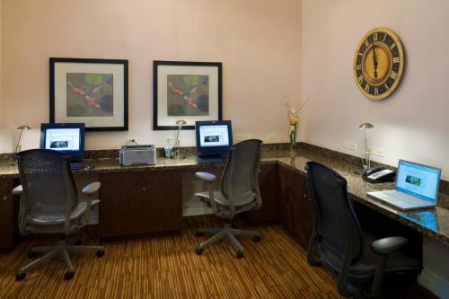Embassy Suites Anaheim - North - Anaheim, CA CA 92806