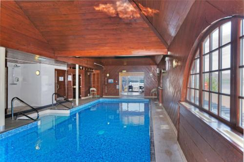 . Holly Tree Hotel and Swimming Pool
