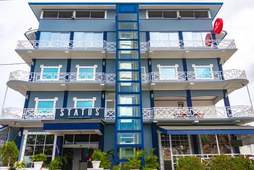 . Status International Hotel