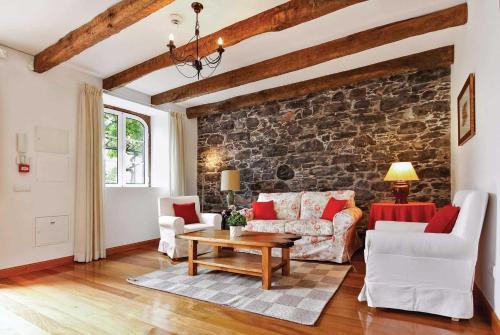 Sao Martinho Villa Sleeps 2 Pool WiFi, Funchal