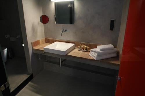 Superior Double Room Hotel Can Cuch 8